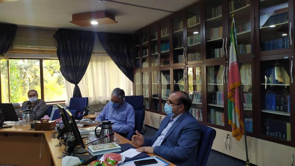 دومین نشست تخصصی علی حدادی در وزارت دفاع و پشتیبانی نیروهای مسلح در خصوص حل مشکل اهالی روستای عرب آبادکوه و فخرایران